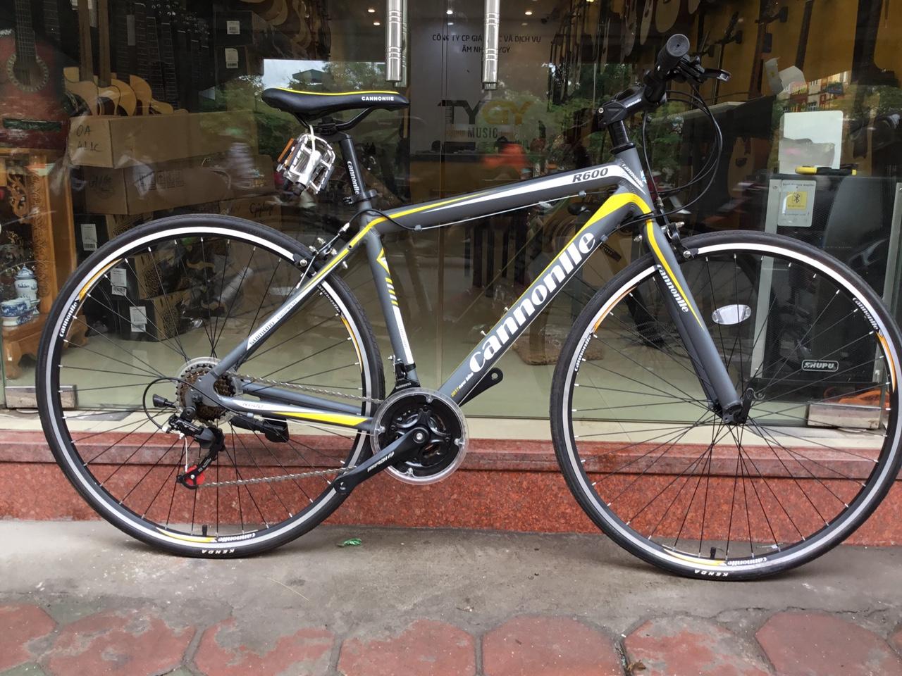 Xe đạp đường phố Cannonlle R600