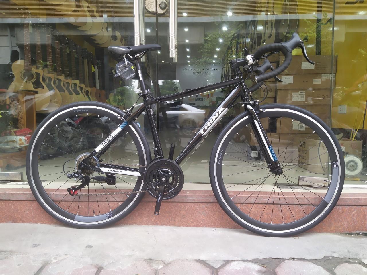 Xe đạp đua TRINX TEMPO 1.0