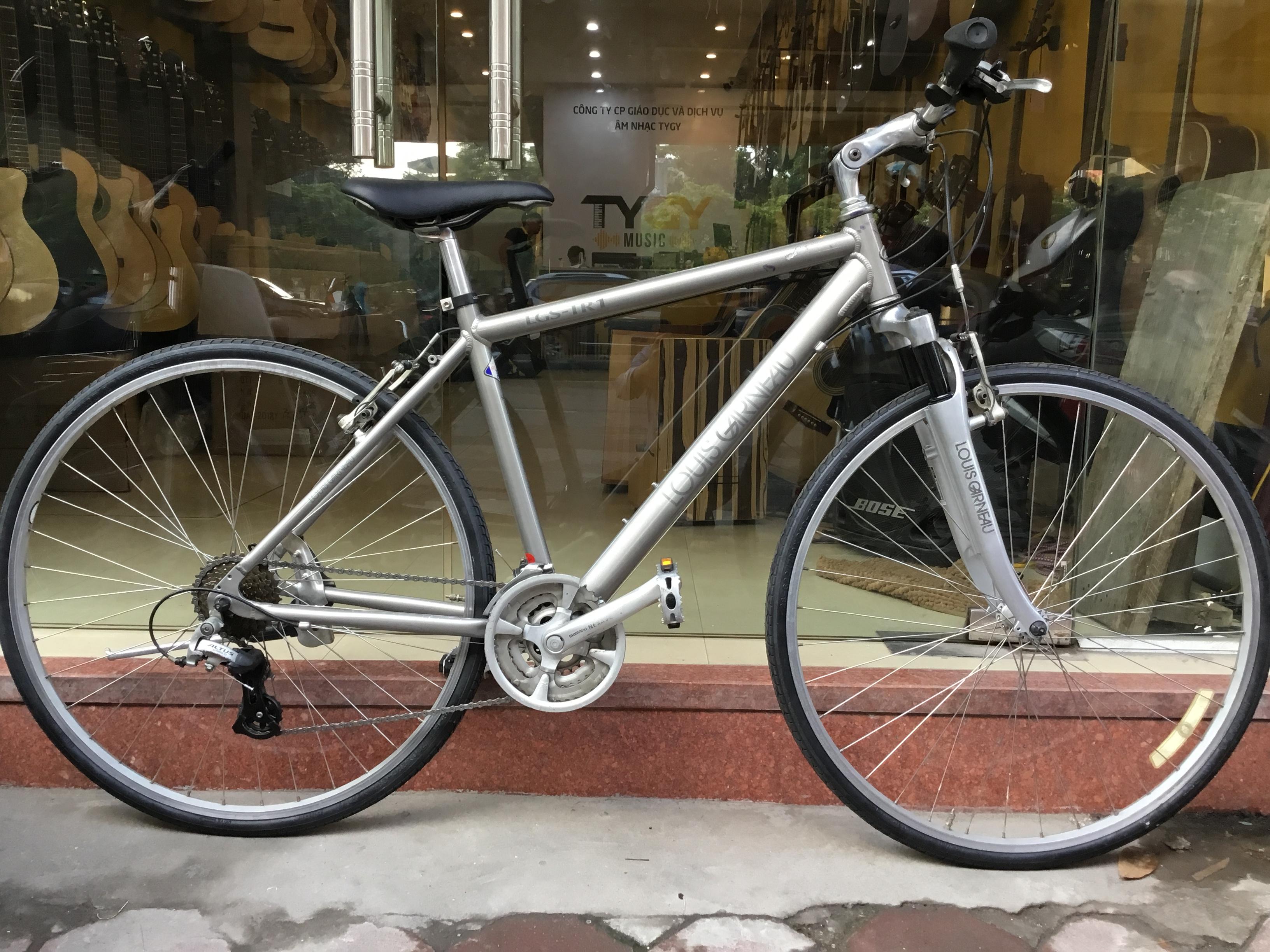 xe đạp bãi LOUIS GARNEAU