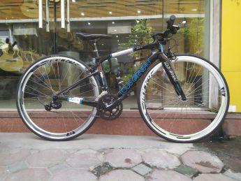 Xe đạp thể thao Louis Garneau khung Carbon